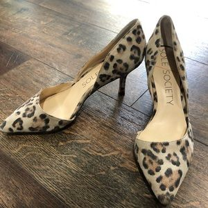 Sole society leopard pumps 7.5